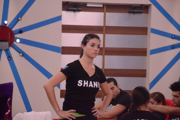 Si creían que Shanik había sacado todas sus garras... pues NO. El show e...