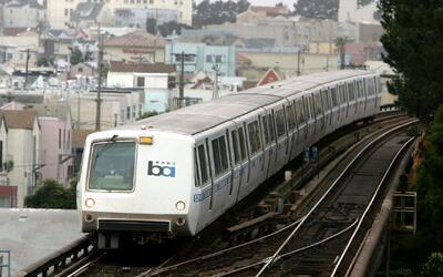 'Área de la Bahía en un Minuto': Pasaje del BART aumentaría su valor deb...