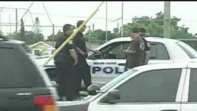 La policía buscaba a los responsables de dispararle a un estudiante en l...
