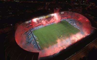 El Estadio Pascual Guerrero se pintó de rojo para la celebraci&oa...