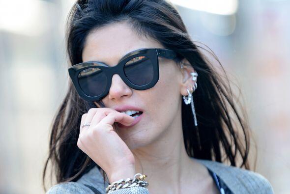 Si lo que te gusta es el 'glamour', opta por unos lentes de sol grandes.