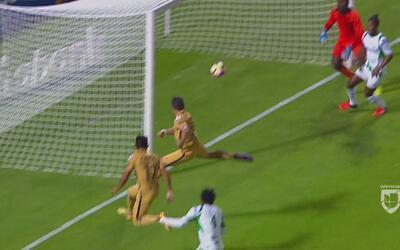 Pablo Barrera puso un enorme servicio a Saúl Berjón para el 1-0 de Pumas