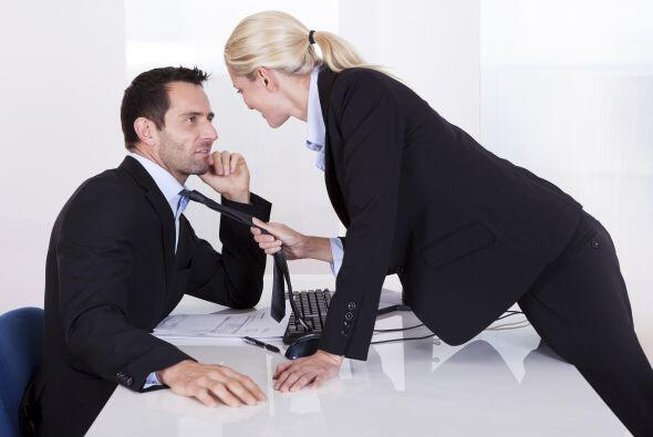 ¿Trabajo y amor? Mantener una relación dentro de tu espacio laboral es u...