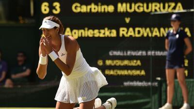 La hispano-venezolana pasó a la final de Wimbledon al derrotar a  Radwanska