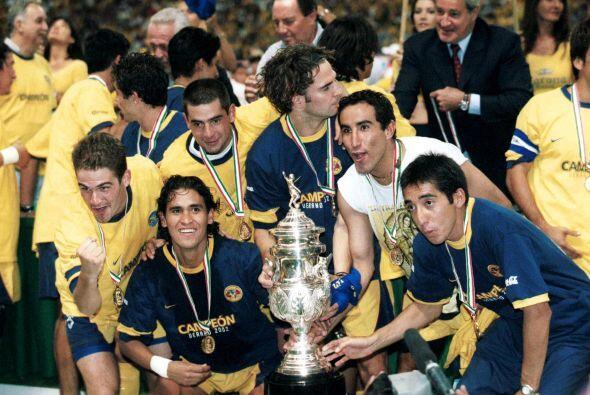 América clasificó a Liguilla en el Verano 2002 como octavo...