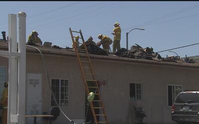 Voraz incendio causó cuantiosos daños en unos departamentos de Wilmington