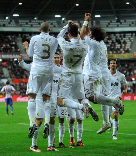 Real Madrid festejó un nuevo triunfo. Esta vez fue ante el Sporti...