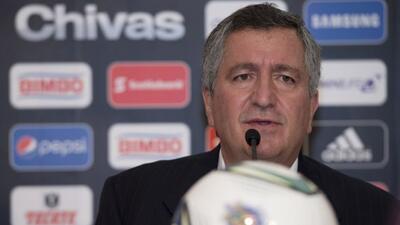 Jorge Vergara tomó el control total de Chivas.