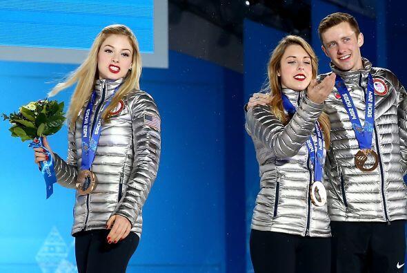 Gracie Gold, Ashley Wagner y Jeremy Abbott de Estados Unidos, ganaron br...