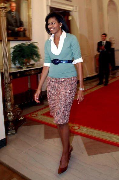 Michelle es una mujer llena de vida. Adoramos que vista en colores tan v...