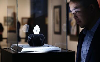 El diamante Diamante Lesedi La Rona, que será subastado en Londres en ju...