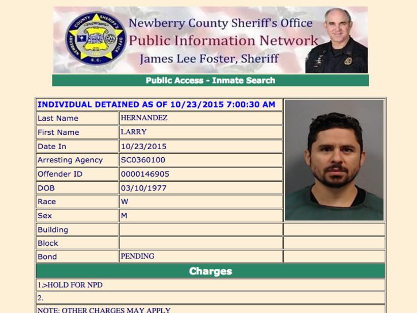 La ficha de Larry Hernández tomada por el Alguacil del Condado de Newber...
