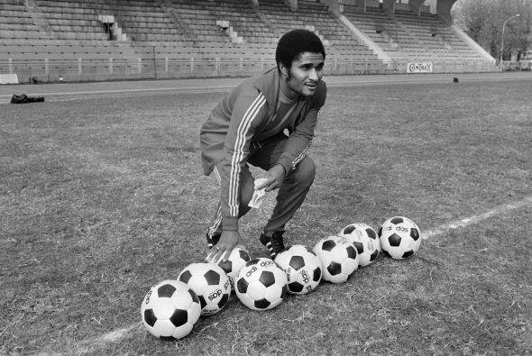 El primer futbolista que llegó a México con un curr&iacute...
