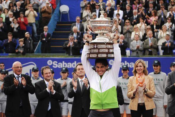 El número uno del mundo levantó por sexta vez el trofeo de campeón del C...