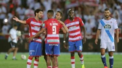 El Arabi anotó uno de los dos del triunfo del Granada.