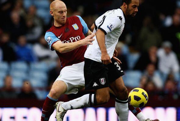 Aston Villa y Fulham no se sacaron ventaja y repartieron puntos.