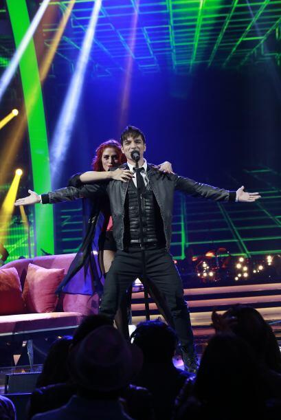 """José Enrique cantó """"No me digas que no""""."""