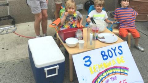 3 Boys Lemonade Stand