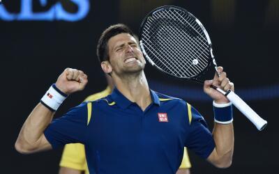 Djokovic celebra tras imponerse a Federer
