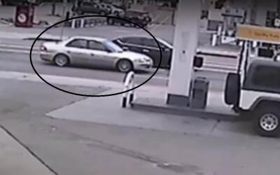 Imagen del coche en el que presuntamente secuestraban a una mujer hispan...
