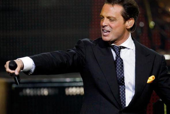 LUIS MIGUEL. Este cantante mexicano tiene una póliza de seguro para sus...