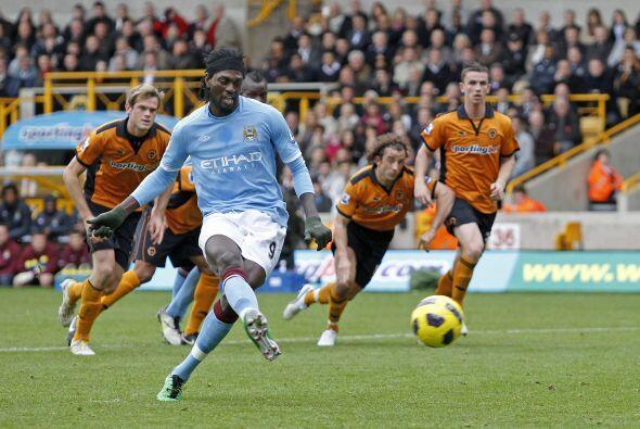 Adebayor aportó el gol de los 'Celestes' pero no fue suficiente.