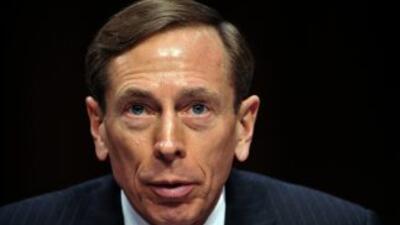 Petraeus dimitió como director de la CIA el pasado noviembre tras recono...