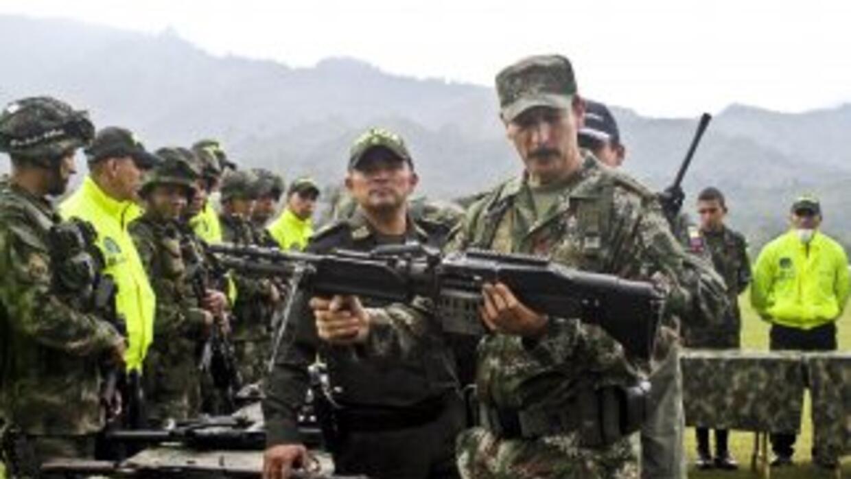 Colombia desmantela una red de militares que vendía armas a grupo ilegal...