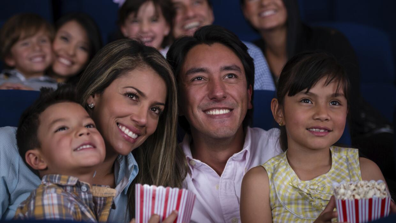 Pasa una velada familiar, con estas cinco películas latinas.