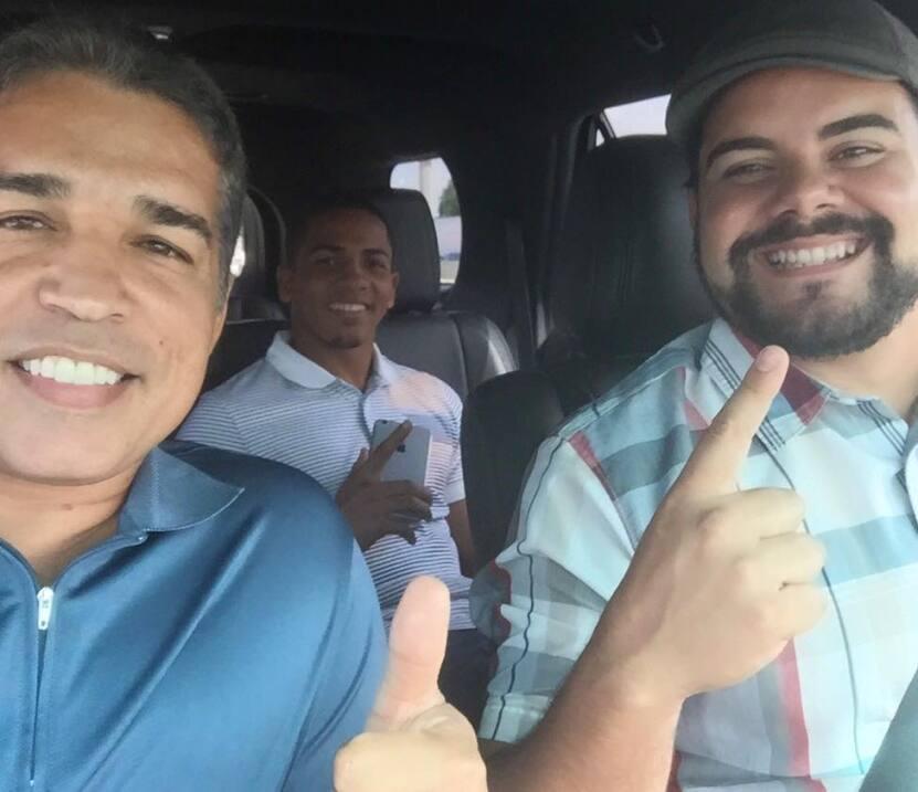 Verdejo y su equipo viajaron a Los Ángeles para el visto bueno de su méd...
