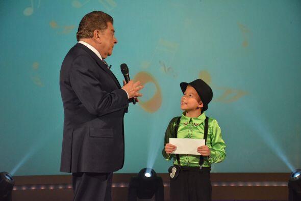 Don Francisco, motiva al pequeño Kevin a seguir adelante con su s...
