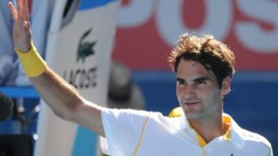 Roger Federer pasó sin problemas a octavos de final del Abierto de Austr...