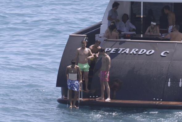 Neymar disfrutó del buen clima de este paradisiaco lugar.