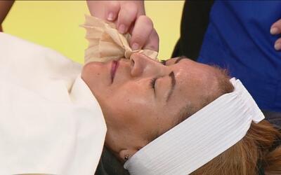 Aprenda a controlar el brillo de su cara con productos naturales