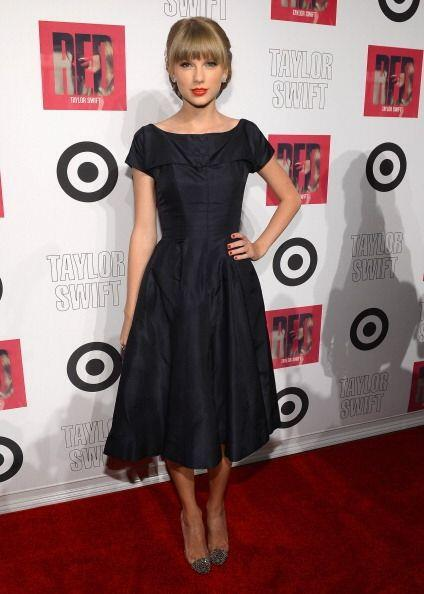 Por su parte, Taylor Swift es una mujer que gusta de la ropa con aires '...