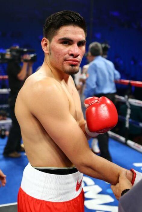 No tuvo que trabajar mucho sobre el ring Ramírez, pues se apuntó la vict...