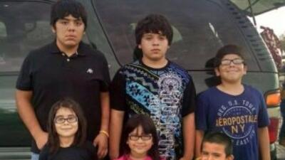 Los hermanos Ortiz-Hernández en la foto que emplea la campaña para recau...