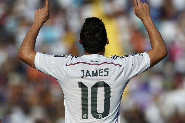 James Rodríguez le sigue muy de cerca con un costo total de 80 millones...