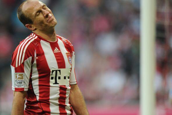 El talentoso extremo holandés tuvo uno de sus mejores partidos en todo e...