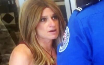 Mujer denuncia humillación pública por agentes de la TSA en el aeropuert...