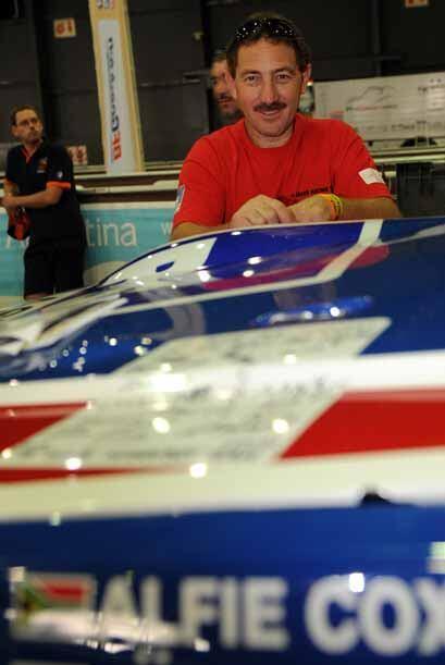 Este evento reúne a pilotos de todo el mundo. Alfie Cox de Nissan...