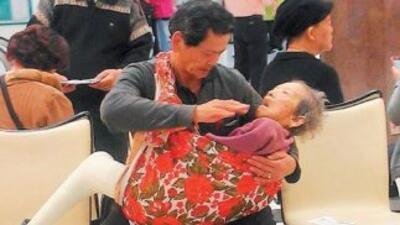 Ding Zhu Ji en la fotografía que se ha vuelto viral. (Fotografía tomada...