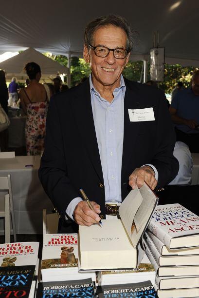 Robert A. Caro, aquí en la foto, sugiere que Robert Kennedy nunca dejó d...