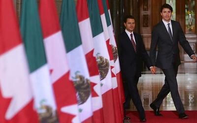Reciben con insultos a Peña Nieto en Canadá