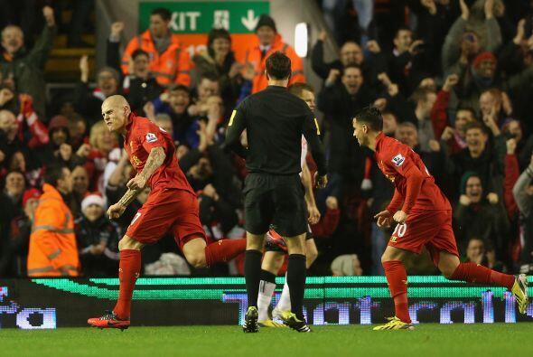 Los 'Reds' golearon por 4-0 y Skrtel convirtió el primer tanto a...