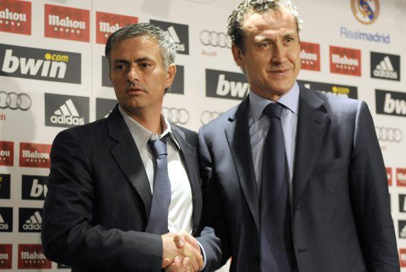 9. La salida de Valdano del club:  Ya en su presentación oficial como en...