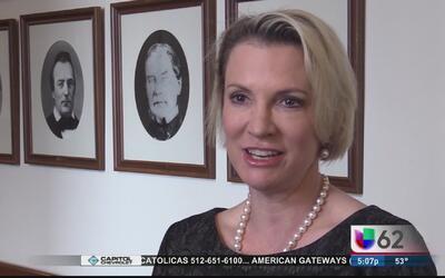 Senadora Buckingham acusa al alguacil del condado de Travis por no cumpl...