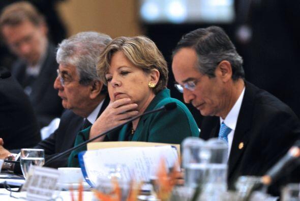 """Los guatemaltecos deben """"hacer una alianza nacional para la reconst..."""