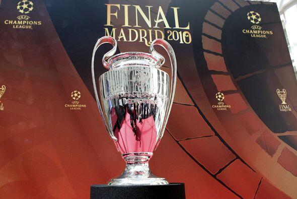 El tofeo de la Champions League llegó a Madrid para la final de la edici...