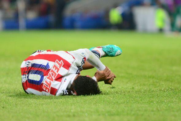 Las ausencias de jugadores son otro punto en contra de Chivas, tal parec...